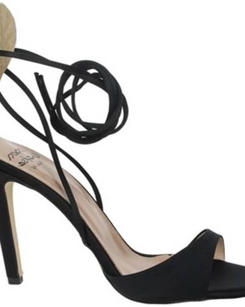 Čierne sandále Maksa