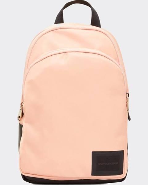 Ružový batoh Calvin Klein