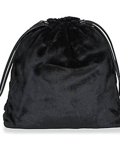 Čierny batoh André