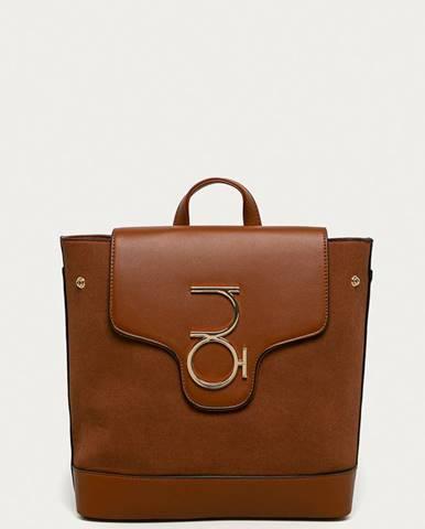 Hnedý batoh nobo