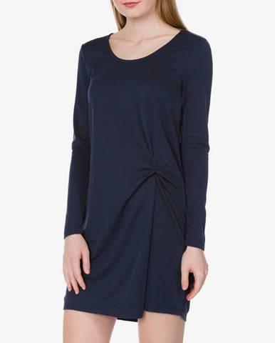 Modrá sukňa Vila