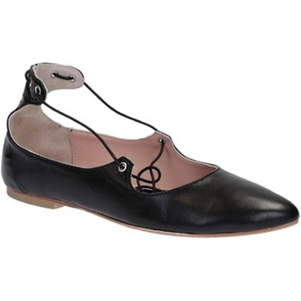 Leonardo Shoes Balerínky/Babies  117-30 CUOIO NAPPA NERO