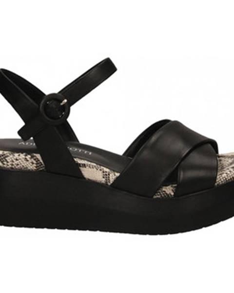 Viacfarebné sandále Adele Dezotti