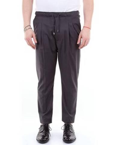 Oblek Messagerie