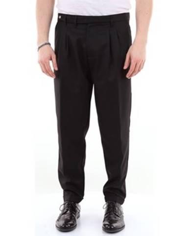 Čierny oblek Officina 36