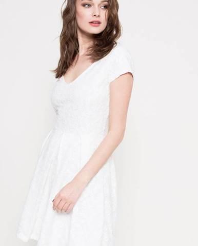 3725d6d48595 ZĽAVNENÉ Dámske šaty v zľave až 81%