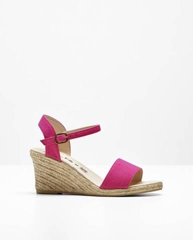 8d7a842fc171 Klínové sandále - dizajn od Maite Kelly