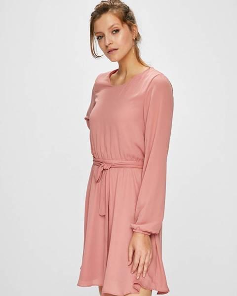 Ružové šaty Vila
