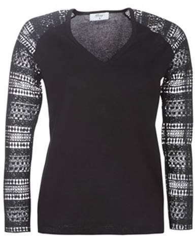 Čierny sveter Betty London