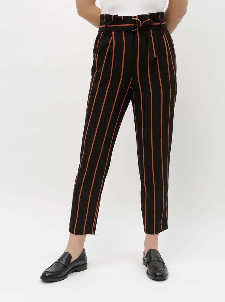 Miss Selfridge Tehlovo–čierne pruhované skrátené nohavice Miss Selfridge