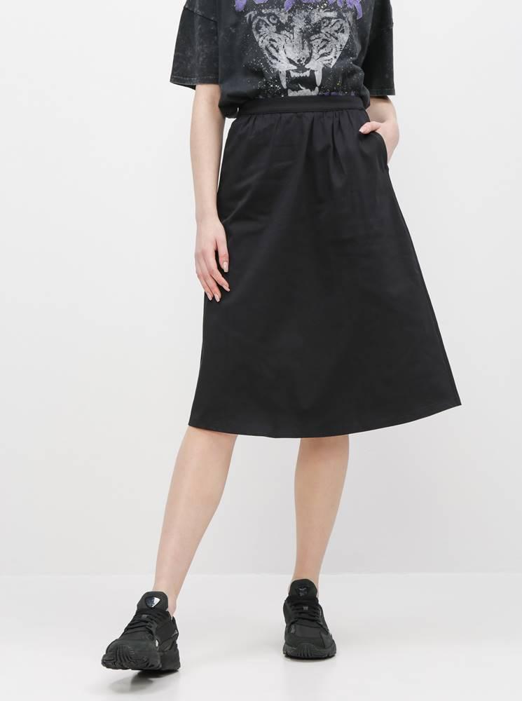 ZOOT Čierna sukňa ZOOT Amy