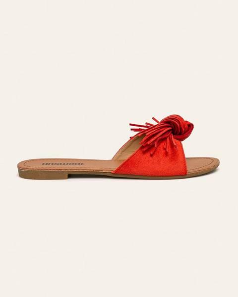 Červené sandále Answear